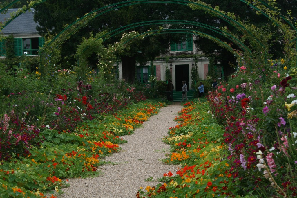 grand allee giverney