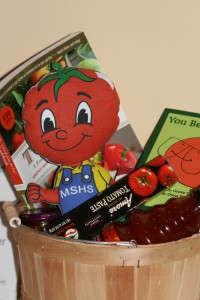 This cute tomato-themed basket was part of the Spring Garden Gala silent auction.