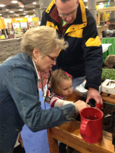 Volunteer-Home-PatioShow-kids potting-web