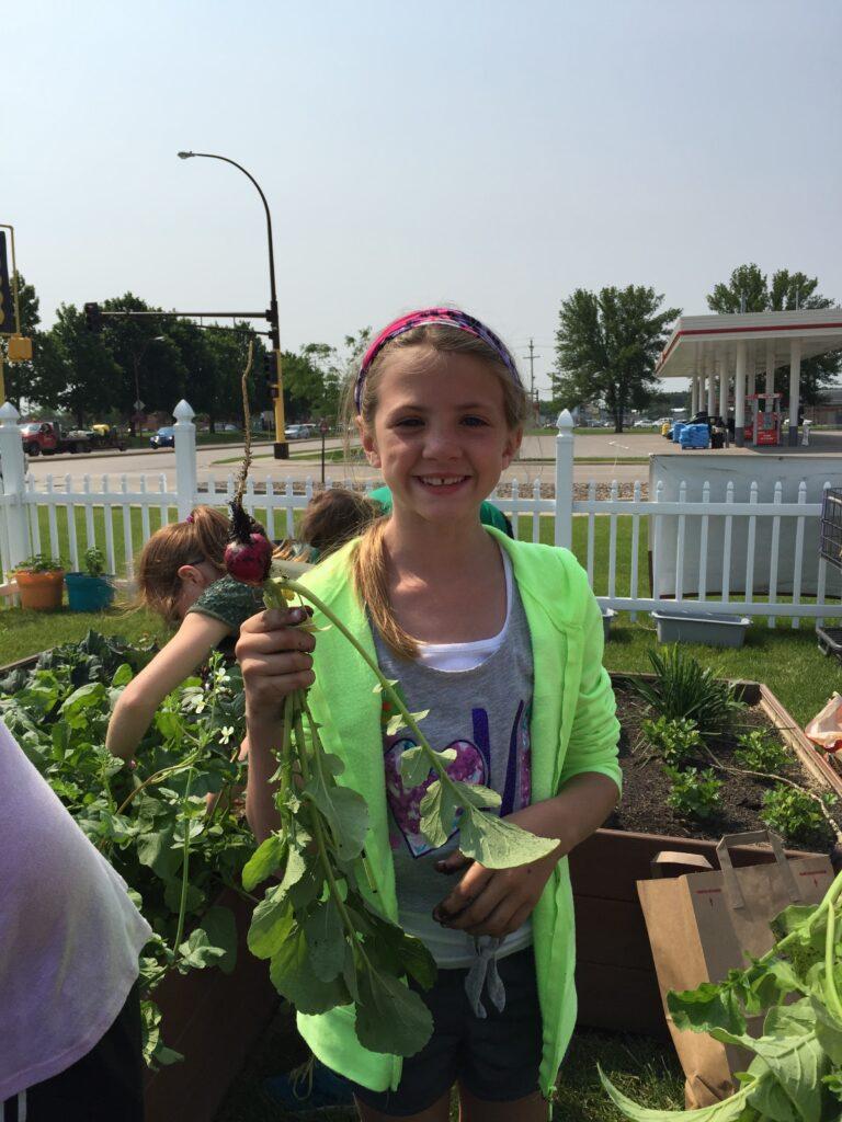 Steele County summer garden program