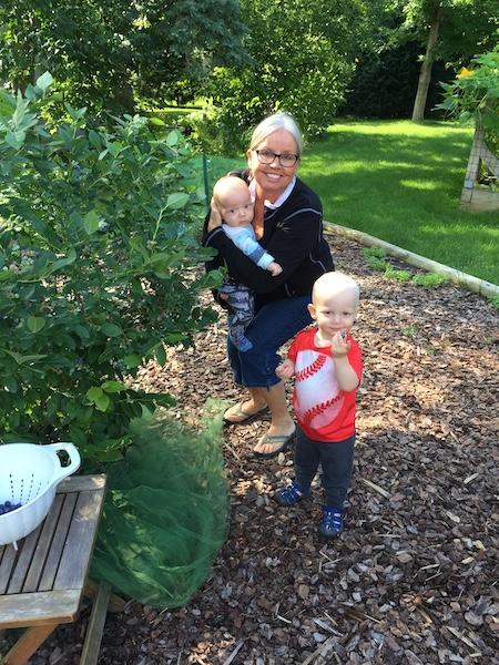 MSHS member Amy Trossen and grandchildren